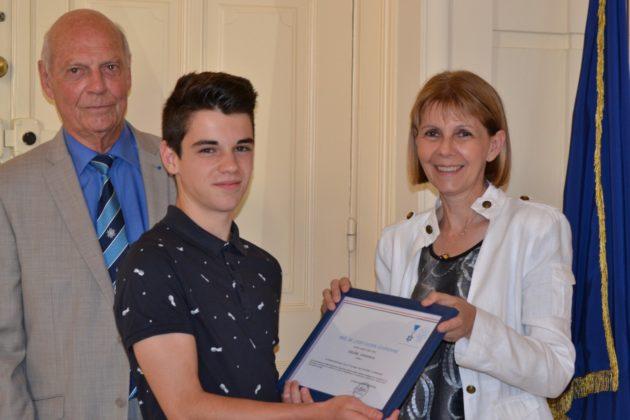 Le jeune Matthieu Dubernard, 15 ans, prix de la citoyenneté