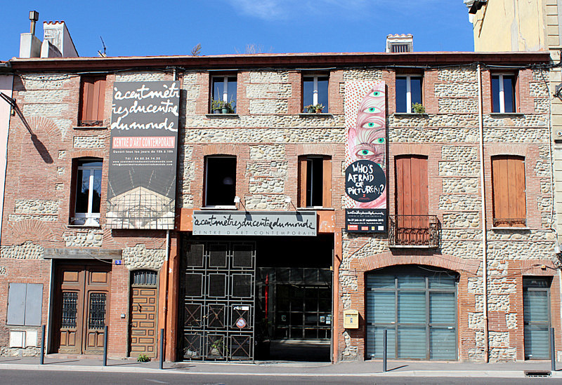 40 artistes cent m tres du centre du monde le journal catalan 1er journ - Le journal du 11 metres ...
